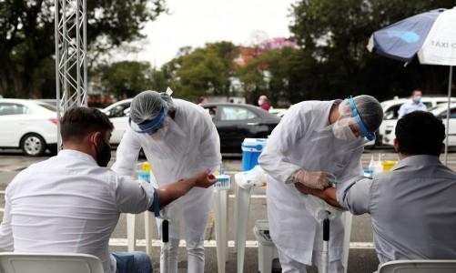 2020-07-23t030252z_1_lynxnpeg6m043_rtroptp_4_health-coronavirus-cases