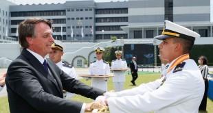 (Rio de Janeiro -  RJ, 12/12/2020) Cerimônia de declaração de Guardas-Marinha de 2020 e Entrega de Espadas da Turma Capitão-Mor  Jerônimo de Albuquerque. Foto: Isac Nóbrega/PR