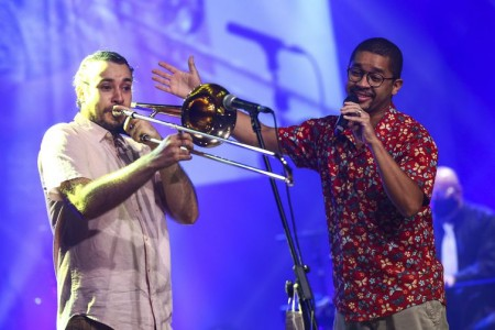 Daniel Rodrigues e Breno Alves durante participação no Festival de Música Nacional FM.