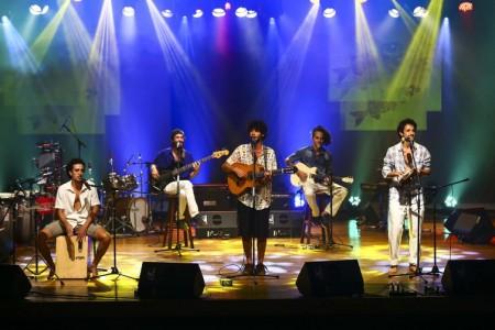 A banda Kirá e a Ribanceira, durante participação no Festival de Música Nacional FM.