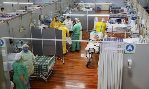 2020-05-07t190357z_1_lynxmpeg461xz_rtroptp_4_health-coronavirus-brazil-hospital