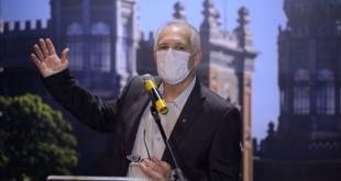 O diretor de Bio-Manguinhos, Maurício Zuma durante cerimônia de divulgação do edital de licitação do Complexo Industrial de Biotecnologia em Saúde-CIBS, na Fiocruz.
