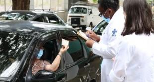 Início da vacinação contra covid-19 em pessoas acima de 90 anos na UBS Santo Amaro.