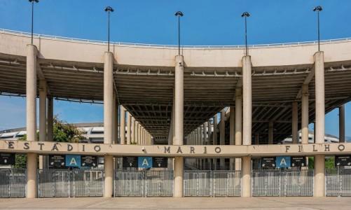 a_entrada_principal_do_estadio_mario_filho_o_maracana_aos_70_anos_-_foto_bruno_lordello