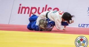 Brasileira fica perto do pódio na abertura do Grand Slam de Tashkent