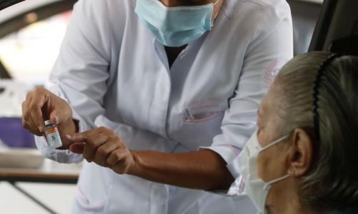 Agência Brasil explica seus direitos no momento da vacinação