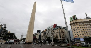 O obelisco de Buenos Aires é visto durante a pandemia do novo coronavírus.