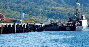 2021-04-23t194333z_1_lynxmpeh3m16p_rtroptp_4_indonesia-submarine