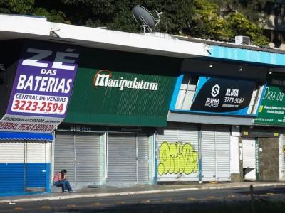 Comércio de Brasília continua fechado por causa da pandemia do novo coronavírus