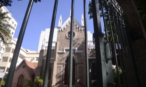 Tempos religiosos fecham após Justiça suspender autorização para cultos no Rio