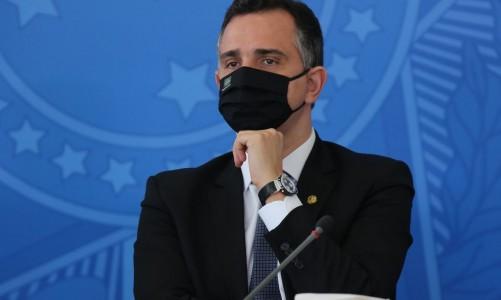 O presidente do Senado, Rodrigo Pacheco, durante entrevista coletiva após a reunião do Comite de Coordenacao Nacional de Enfrentamento da Pandemia de Covid-19