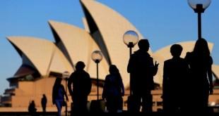 2018-11-29t101546z_1_lynxnpeeas0oi_rtroptp_4_australia-economy-unemployment