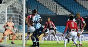 2021-05-05t231534z_1569195649_hp1eh551slv4e_rtrmadp_3_soccer-libertadores-rac-sao-report
