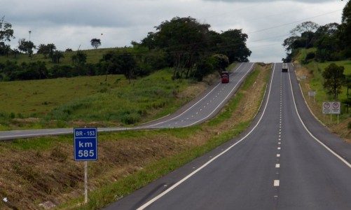 rodovia BR 153