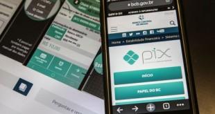 Pix é o pagamento instantâneo brasileiro. O meio de pagamento criado pelo Banco Central (BC) em que os recursos são transferidos entre contas em poucos segundos, a qualquer hora ou dia. É prático, rápido e seguro.