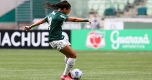 Palmeiras goleia Real Brasília e continua líder no Brasileiro Feminino