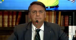 Presidente Jair Bolsonaro abre live para cobertura da imprensa